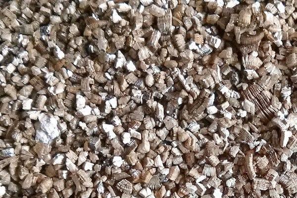 Lg4 decontamination vermiculite naturel 600x400 1